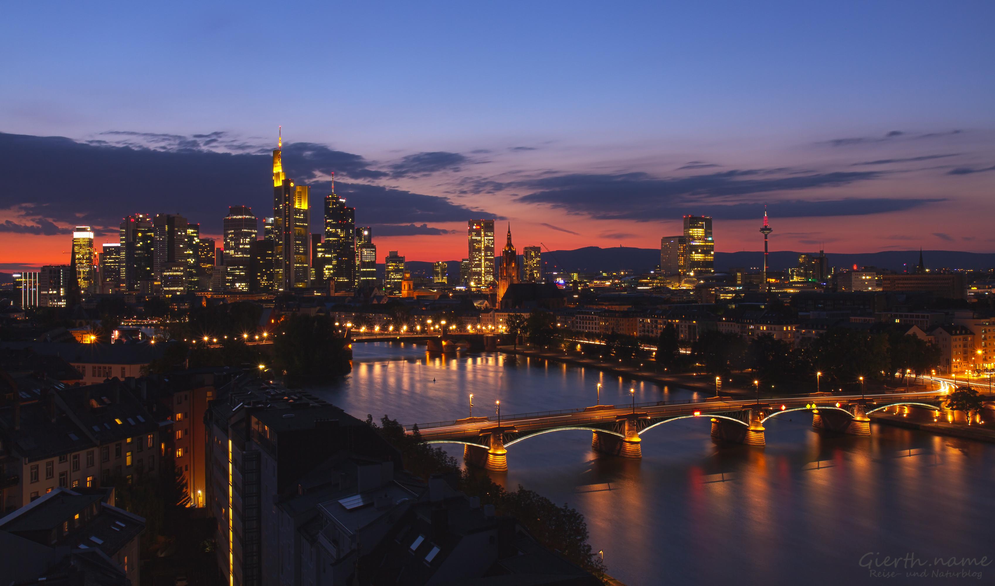 Frankfurt, Blick aus dem Hotel Lindner