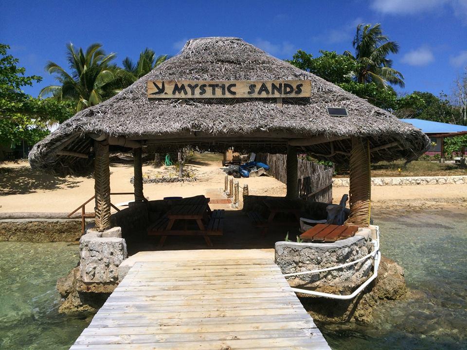 Mystic Sands vom Steg aus gesehen